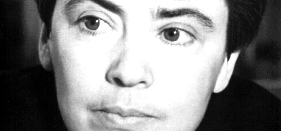Софья Богатырева Вместо «Алло» она говорила: «Здравствуйте, что случилось?»